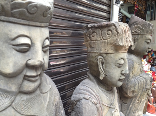 three stone buddas